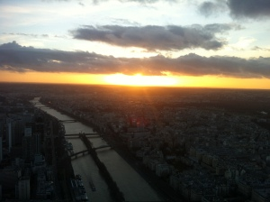 A memorable Parisian sunset Mr. Eiffel could have only imagined
