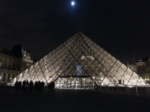 Tonight's the night to see Paris museum's come alive