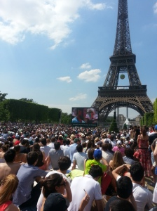 Watching the French Open on the big screen in Champ de Mars